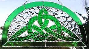 Green Celtic Knot Sun-Catcher