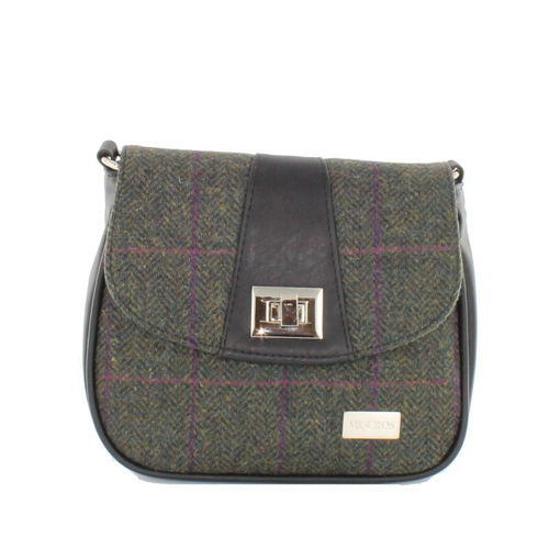 Black Green Herringbone Sarah Pocketbook – Mucros Weavers Ireland
