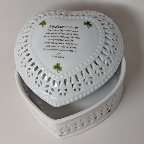Ceramic Jewelry Heart Box Shamrocks ~ Sister In Law