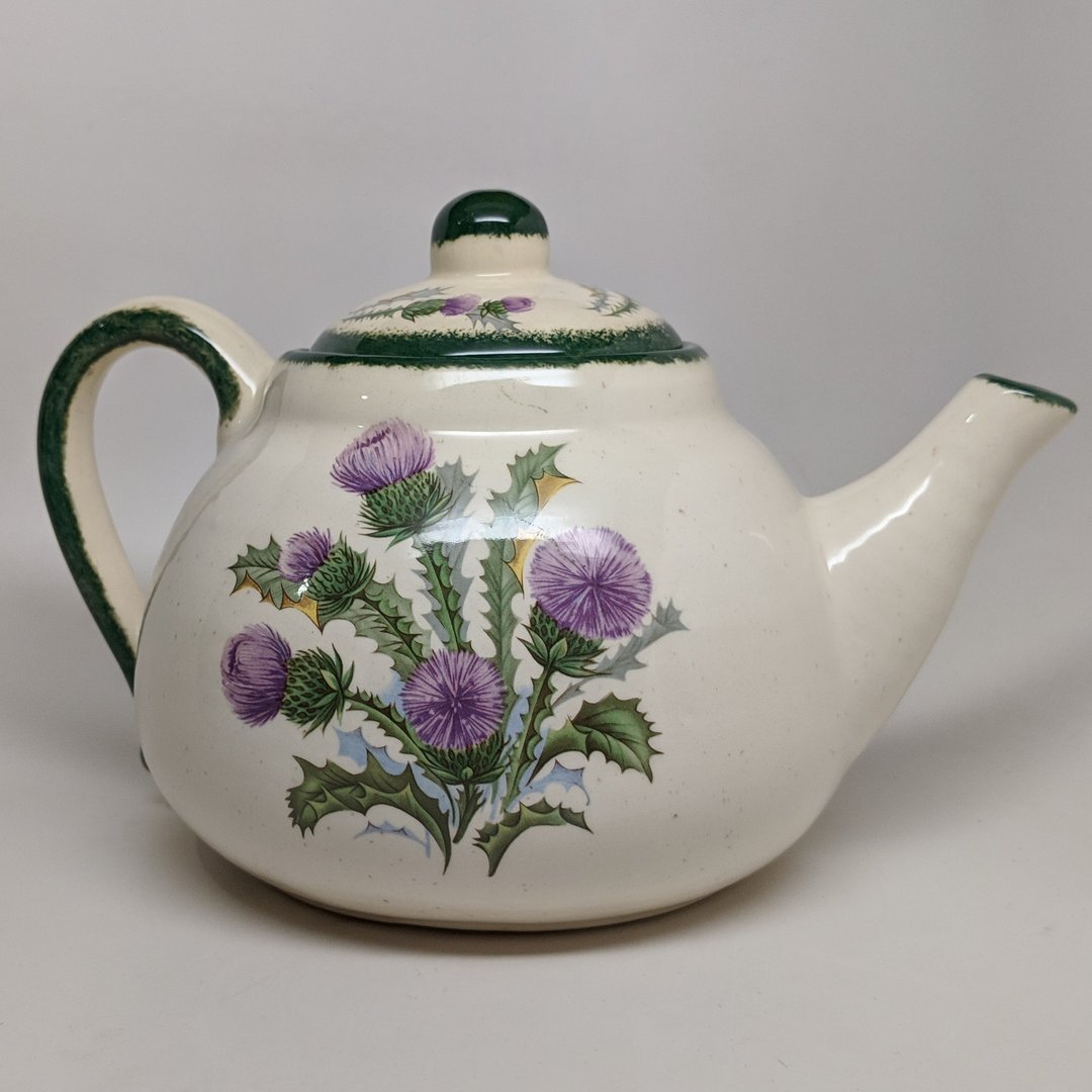 Scottish Thistle Country Tea Pot ~ Kinnaird's Thistleware