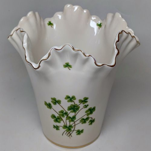 Ivory Ruffle Vase With Shamrocks ~ Medium