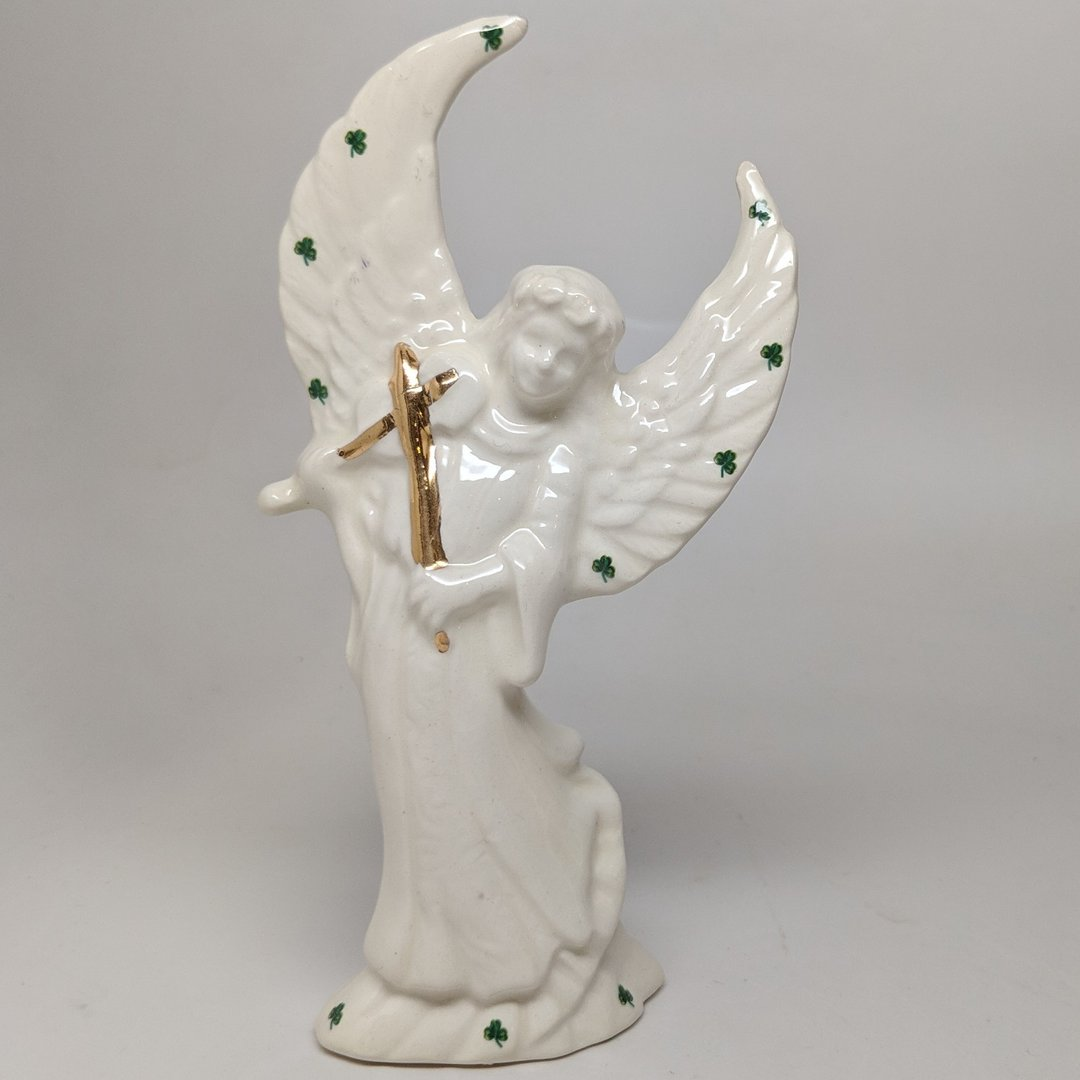 Musical Violin Playing Angel