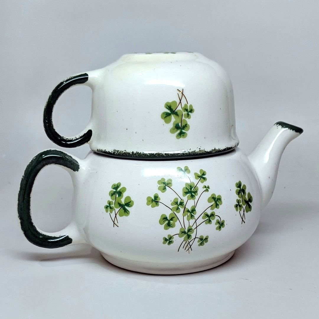 Rustic Shamrock Tea For One