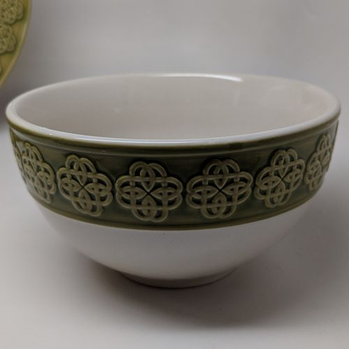 Celtic Knot Green & White Soup Salad Cereal Bowl