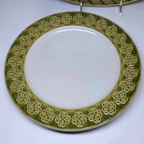 Celtic Knot Green & White Dinner Plate