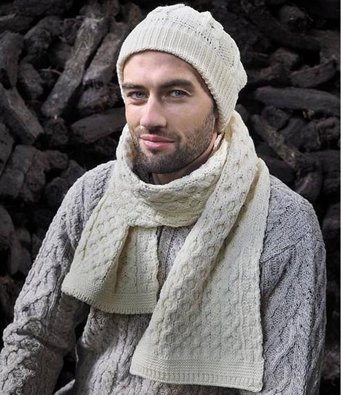 traditional-merino-wool-honeycomb-scarf-natural